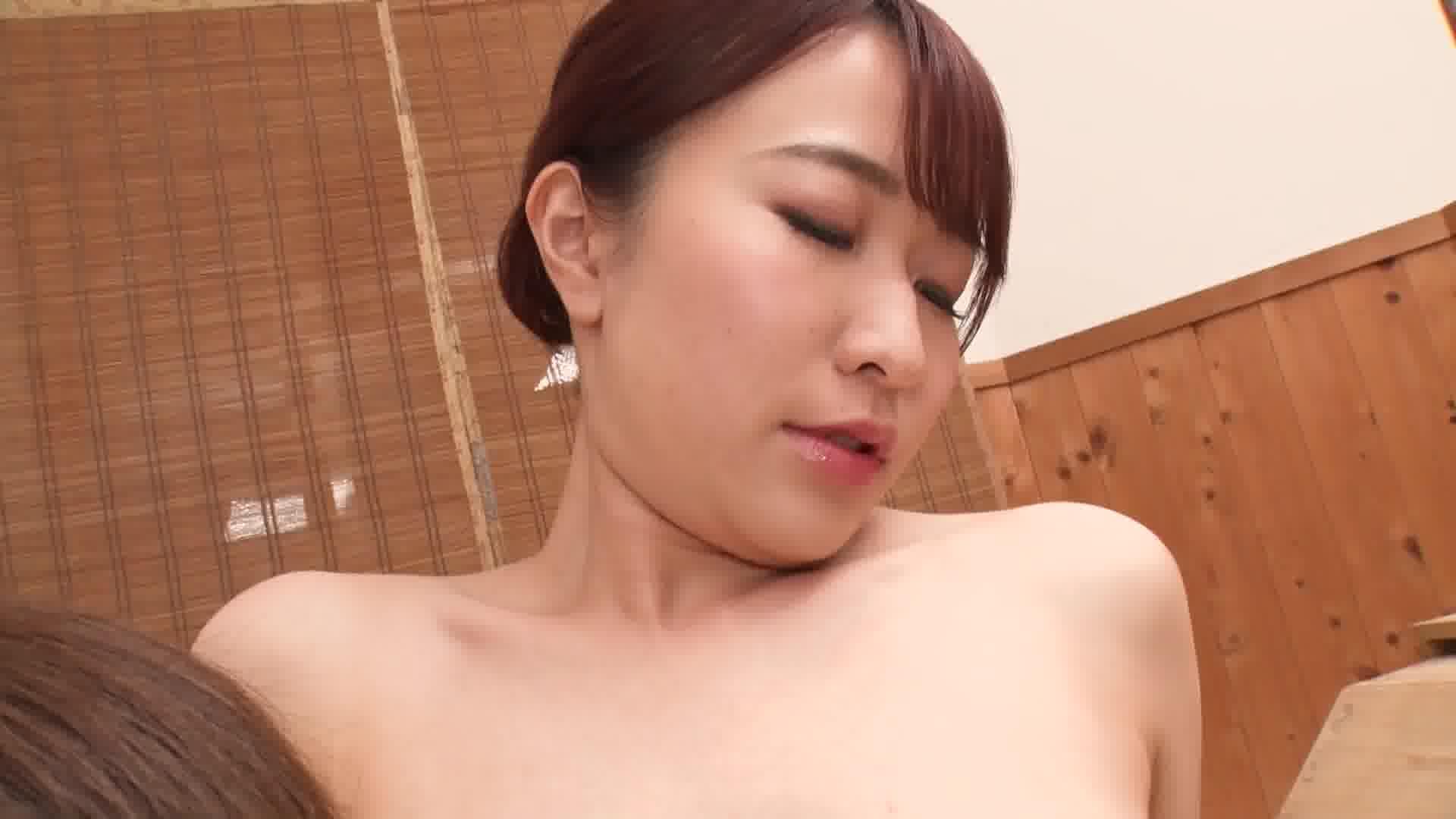 リピーター獲得!舐めたがり美人女将のトロける礼遇 - 森田みゆ【着物・痴女・パイパン】
