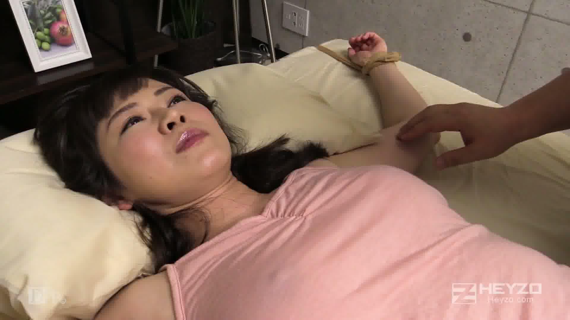 敏感熟女にエッチなくすぐり特訓 - 西岡奈央【くすぐり ローター 電マ】