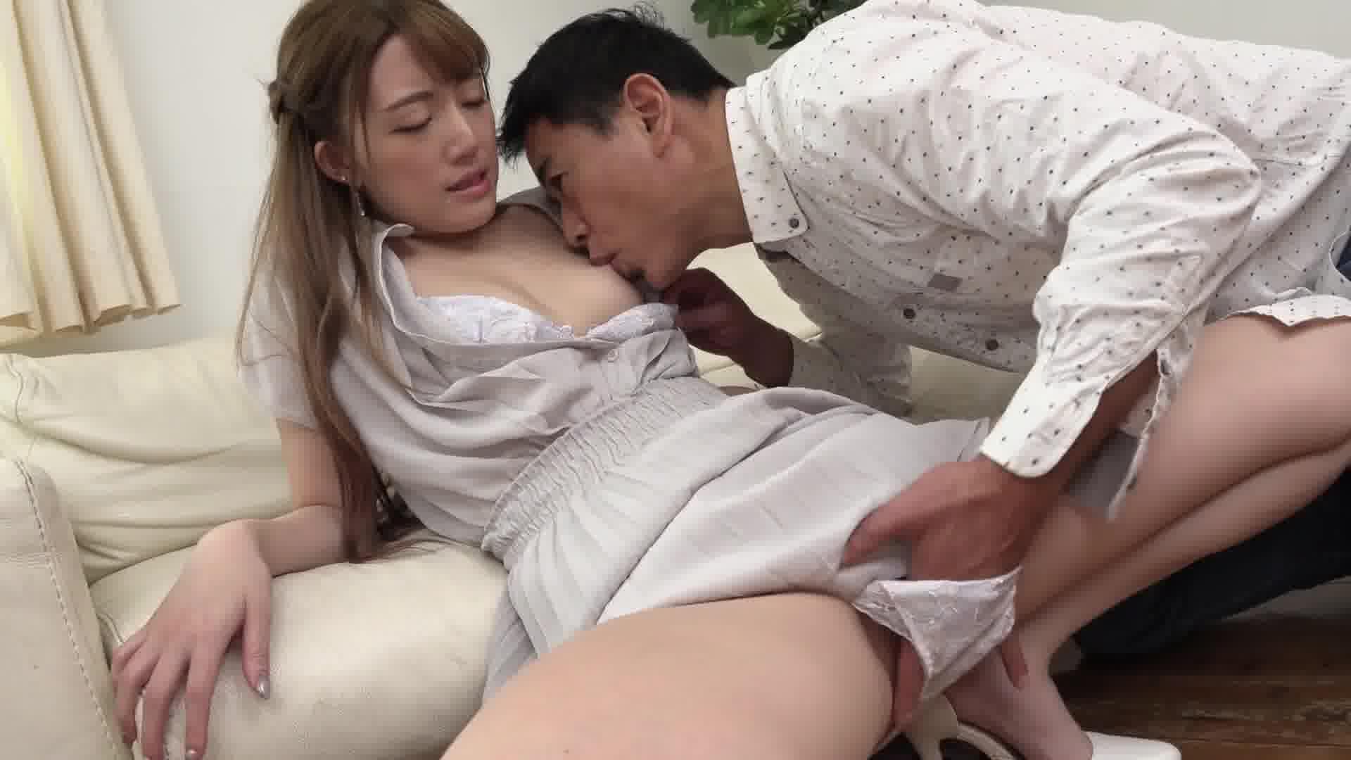 恍惚 ~性欲に飢えて貪り合う濃密SEX~ - 山岸詩織【美乳・パイパン・初裏】