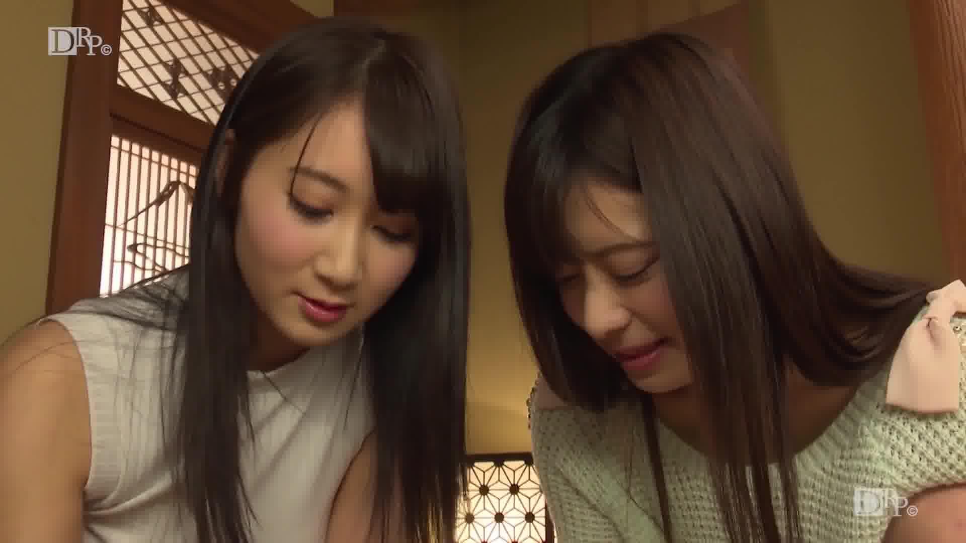 THE 未公開 ~葵千恵と千野くるみに罵られたい~ - 葵千恵【パイズリ・美乳・手コキ】