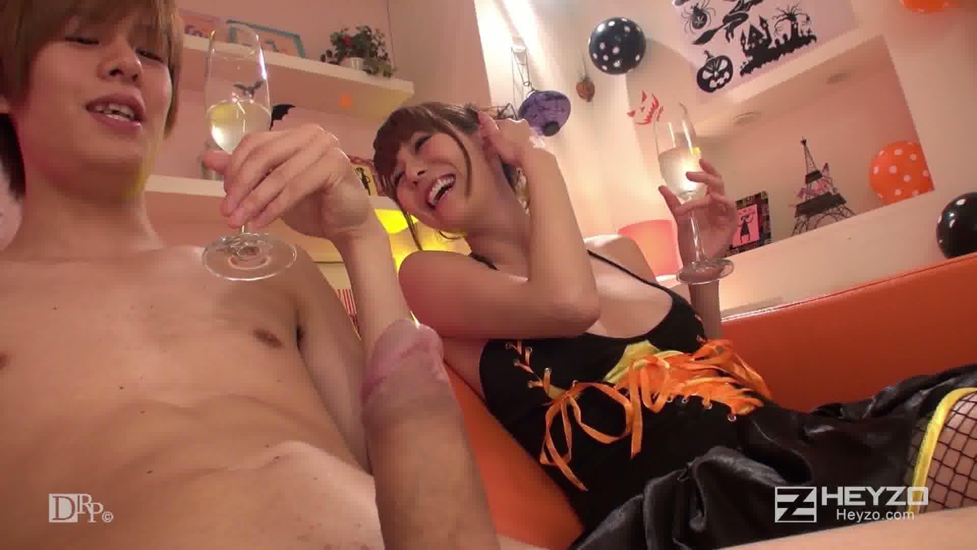 全裸のハロウィン仮装?パーティー - 朝桐光【お酒 フェラ ソファ】
