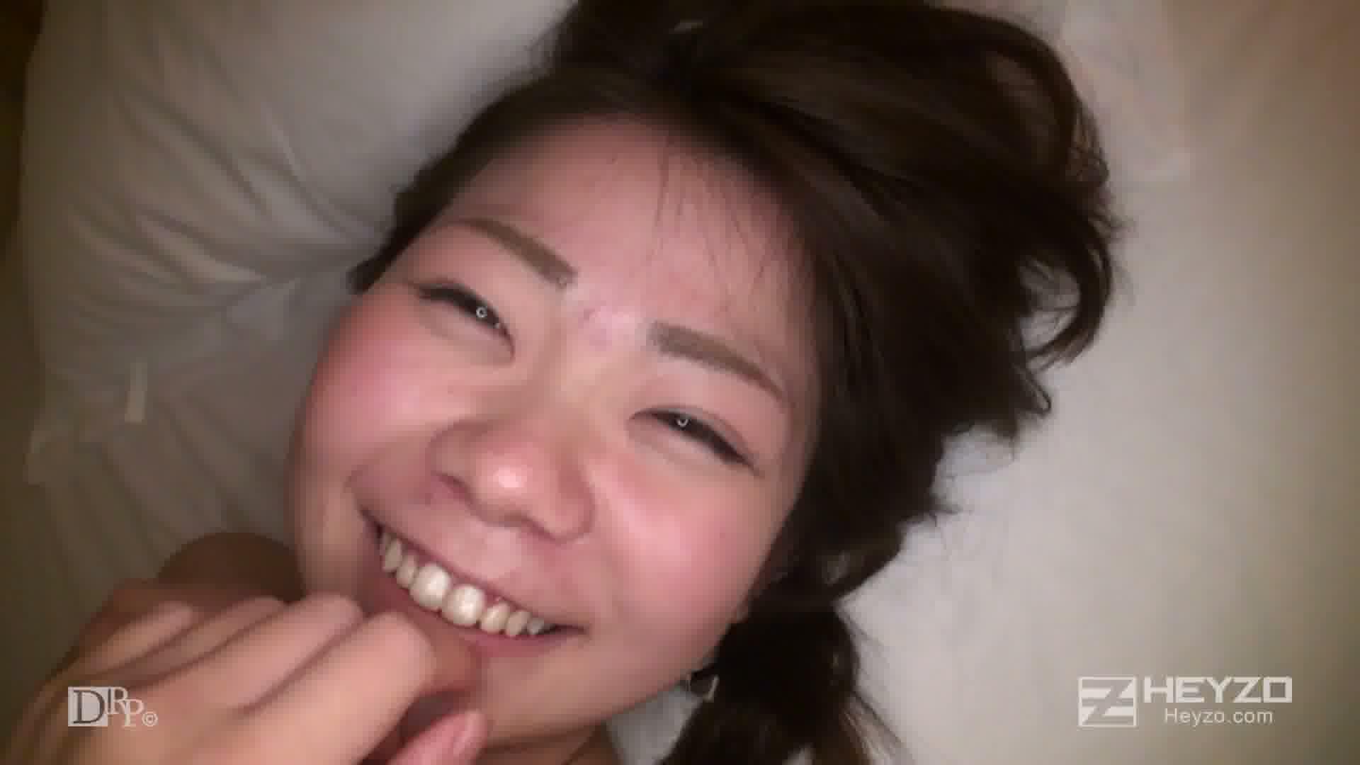 オトナのオモチャのモニターお願いします! - 平田くるみ【電マ おもちゃ 光るバイブ 】