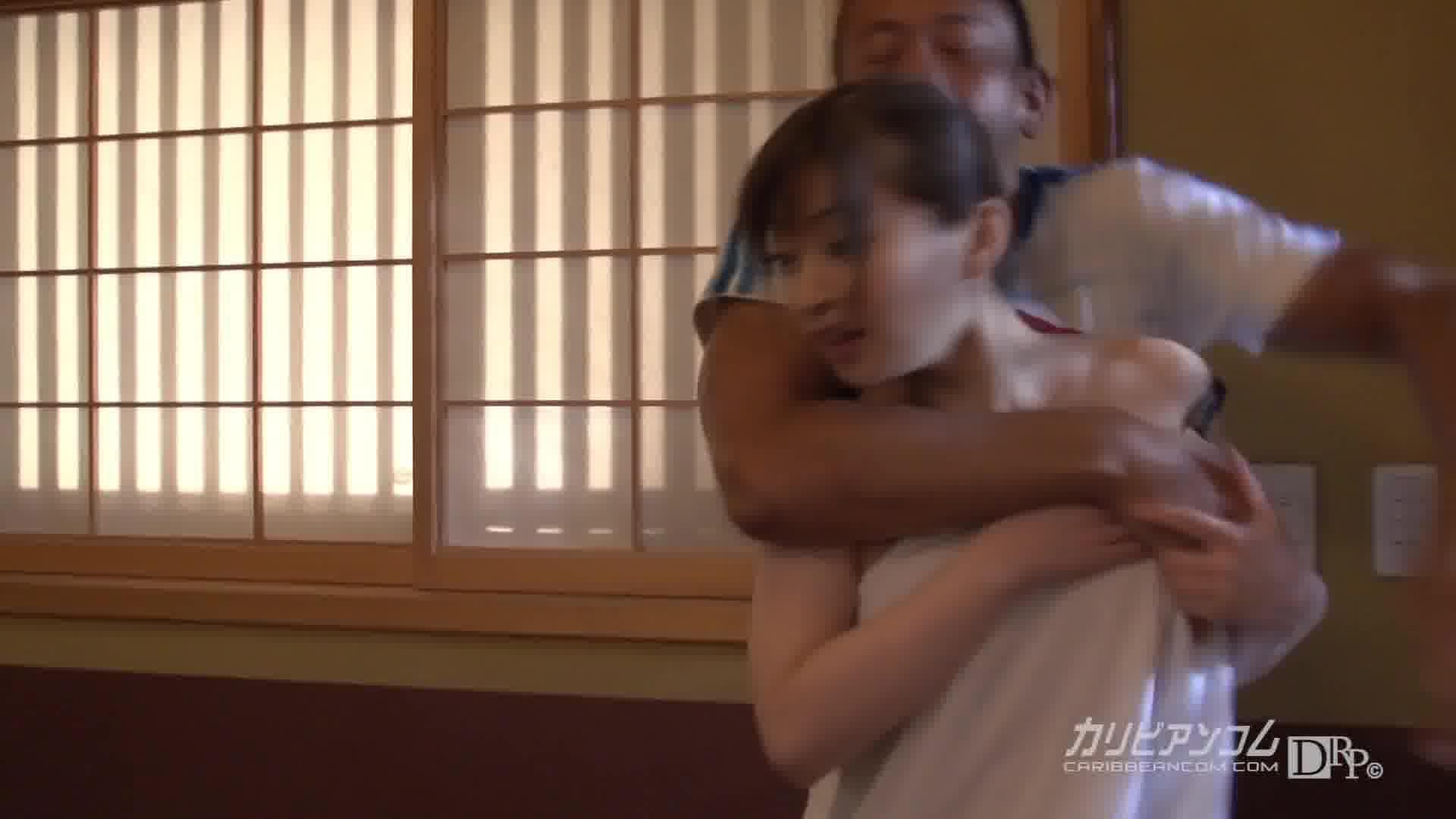 狙われた不用心な奥さん - 新山沙弥【美乳・バイブ・中出し】