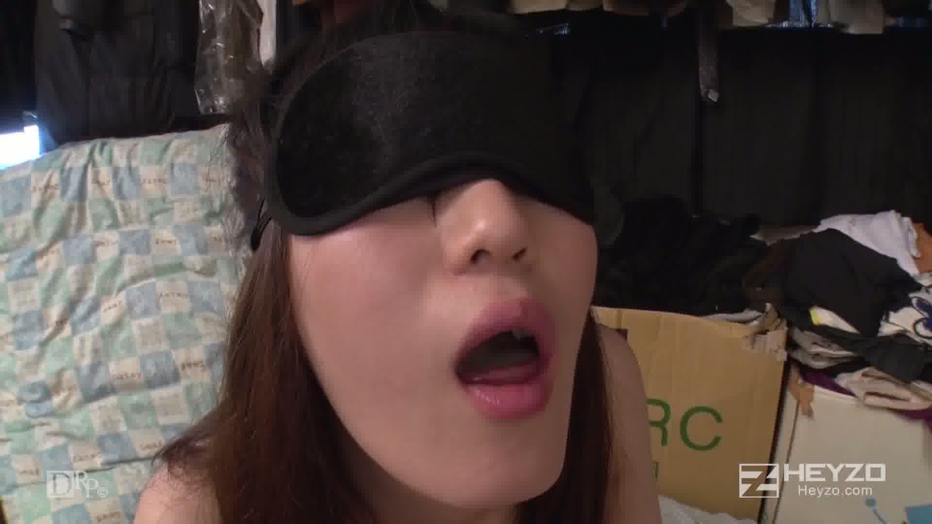 目隠し入れ替わりSEX~ダレのナニでしょうか?~ - 松下りん【入れ替わりフェラ抜き 正常位 バック中出し】