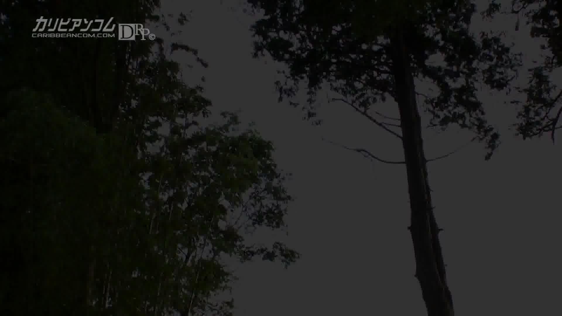 美爆乳いろはの木漏れ日快感 - 鈴村いろは【水着・パイズリ・中出し】