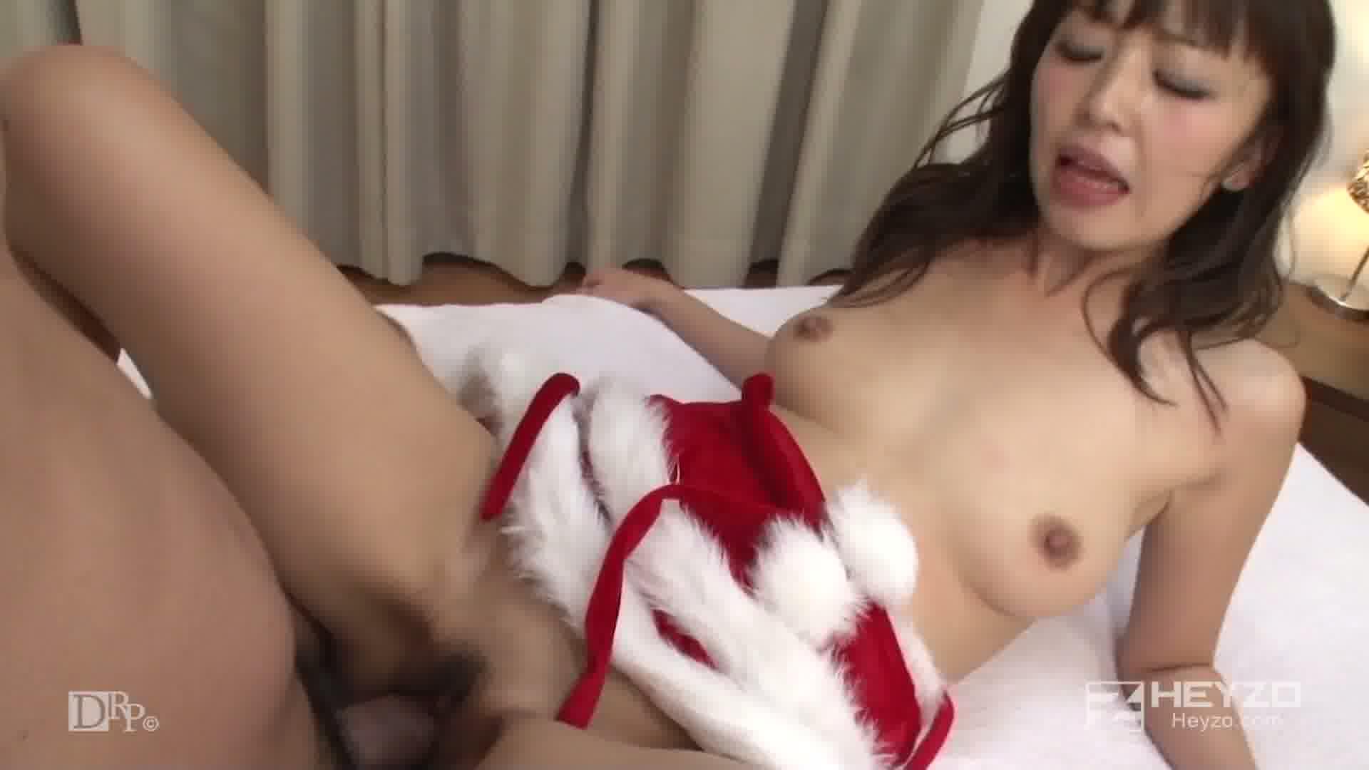 性夜のクリスマスに舞い降りたサンタガール - まりか【クンニ 69  騎乗位 座位 バック 中だし】