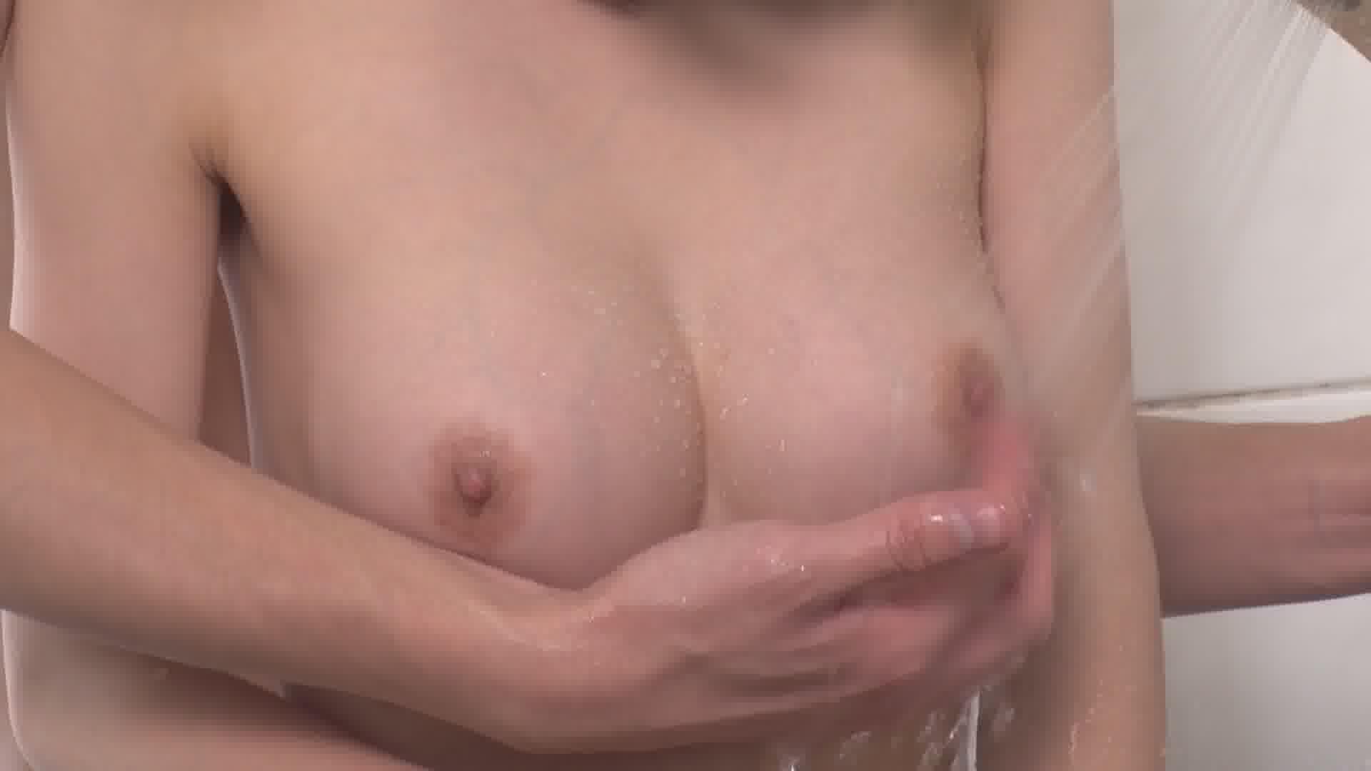 いじられ続けてガチガチになるマゾ乳首4 - 三花れな【巨乳・パイズリ・オナニー】