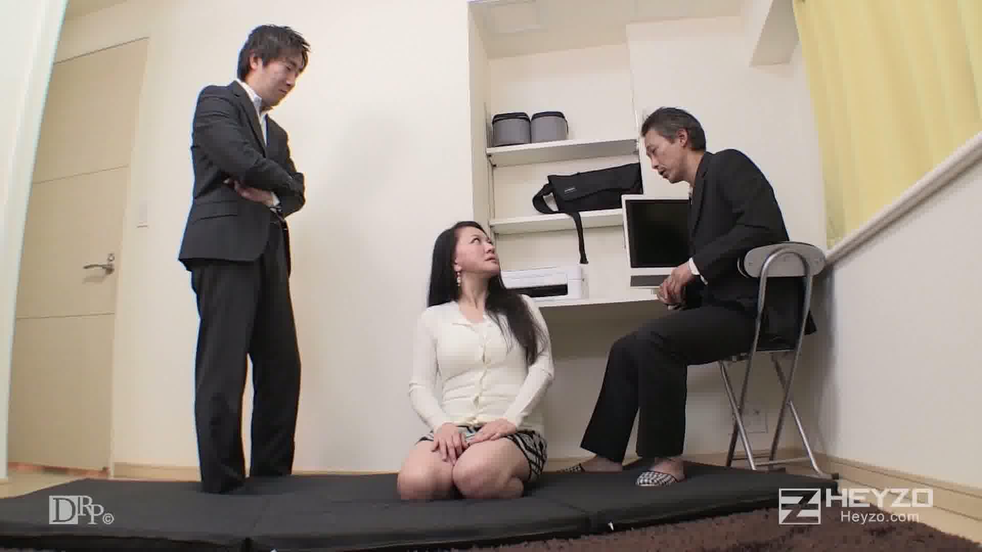 借金返済は母娘のカラダで~ガチの親と子がエロ共演~ - 矢吹ちはる - 矢吹ゆい【脱衣 娘 母オナニー】
