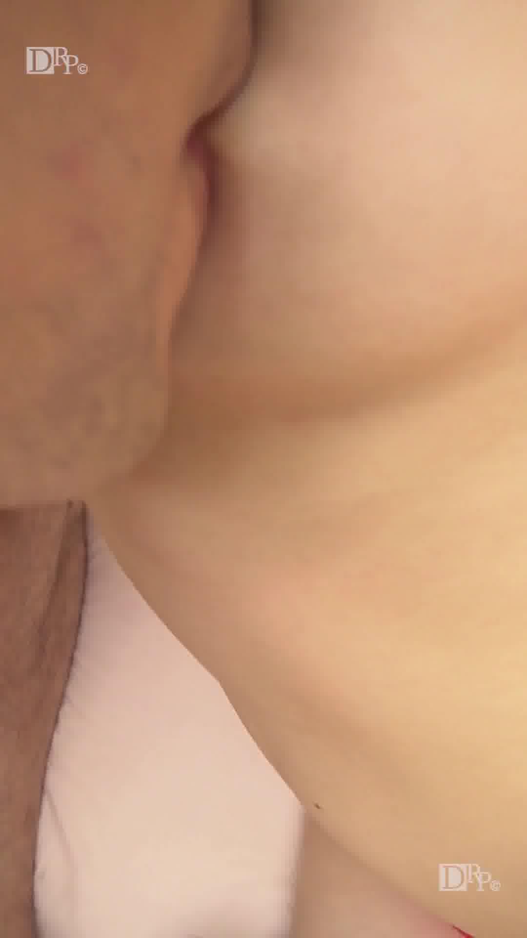 縦型動画 026 ~ハメ撮りプライベート~ - 冴君麻衣子【ハメ撮り・痴女・中出し】