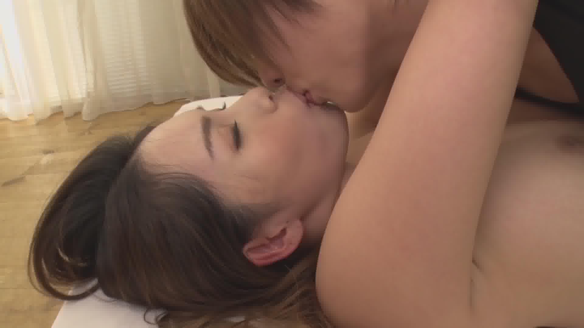 恍惚 ~柔らかおっぱいと情熱のセックス~ - 上山奈々【巨乳・パイズリ・初裏】