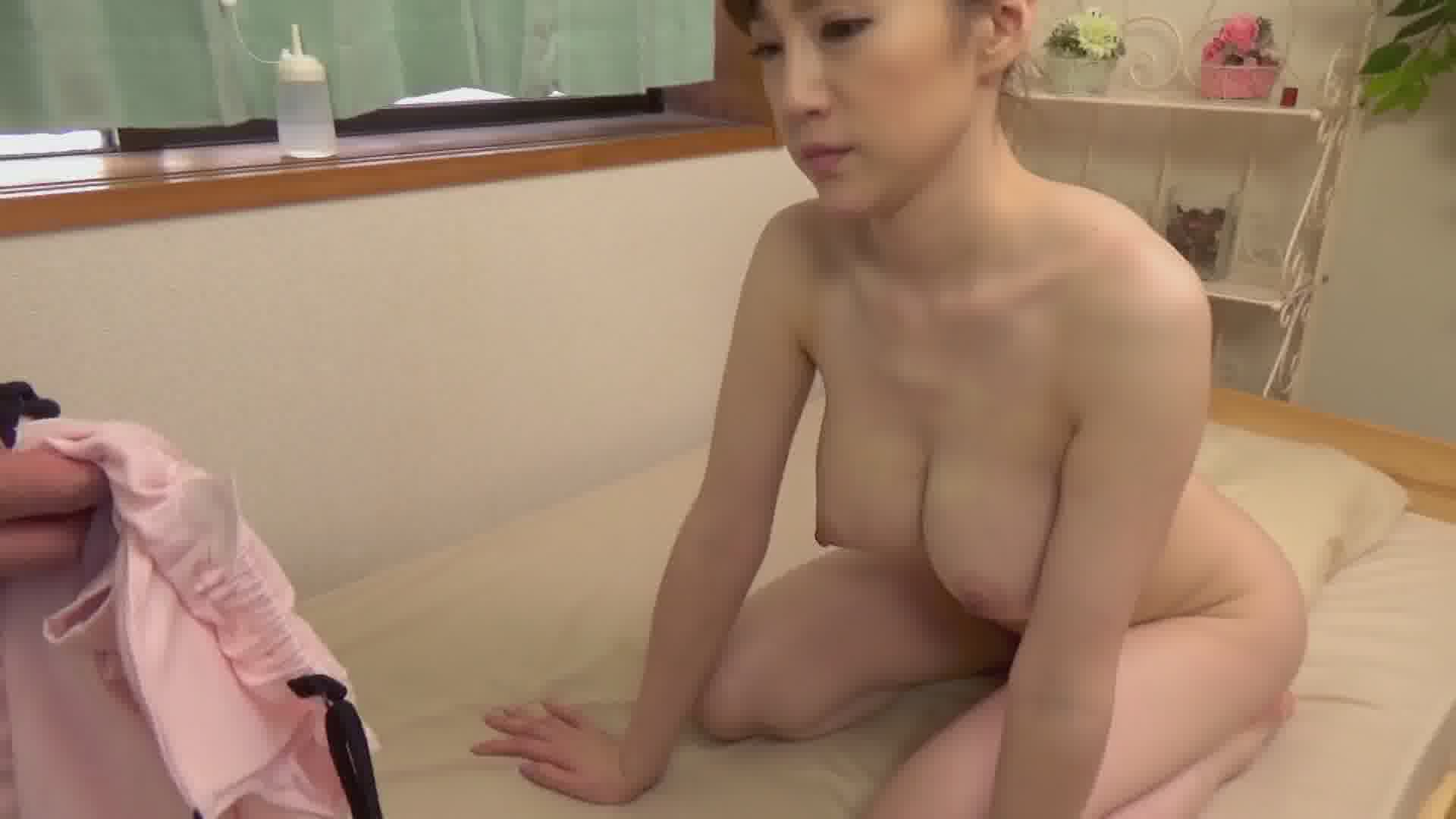Icupの絶品ボディが媚薬漬け - すみれ美香【巨乳・クンニ・中出し】