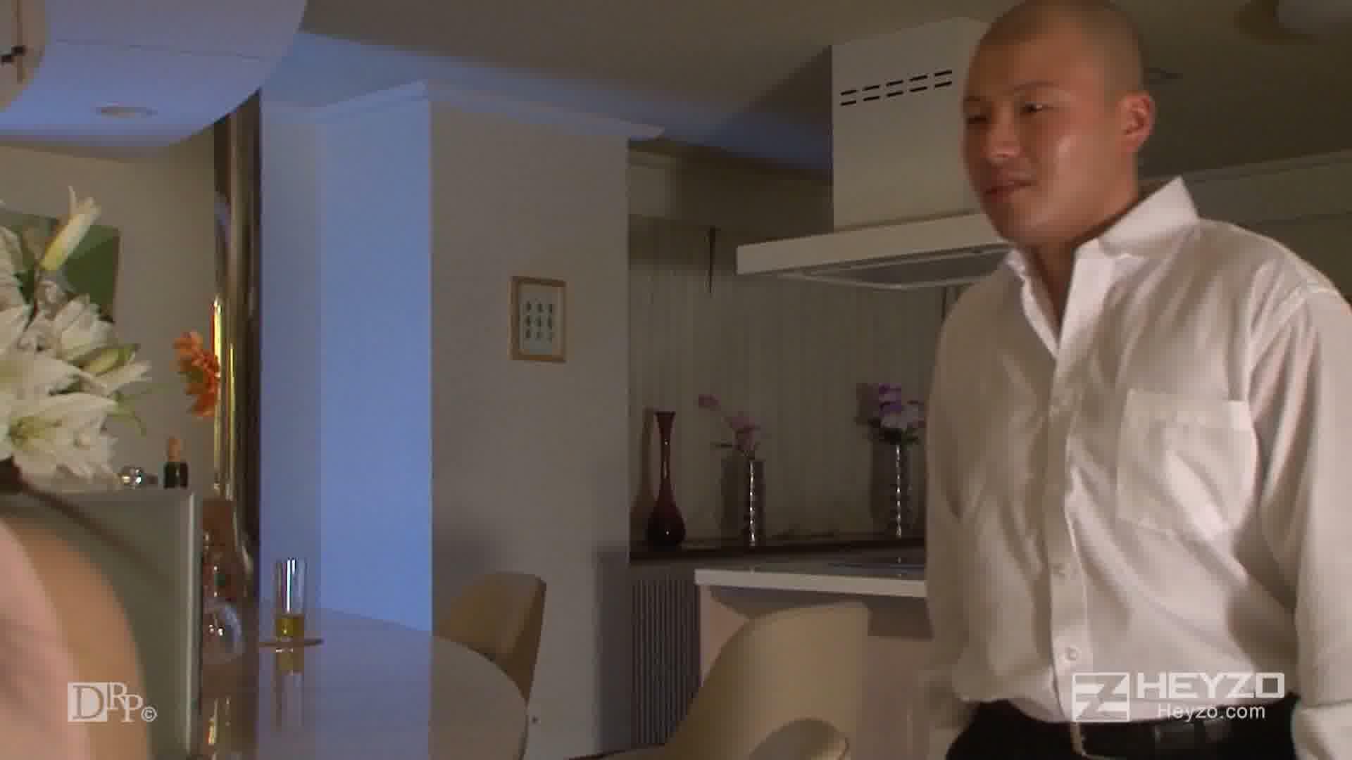 フェロモン探偵ゆなのハレンチ事件簿~ギュッとしまるアソコでスパイを捕獲~ - 白崎由奈【フェラ クンニ 手コキ】