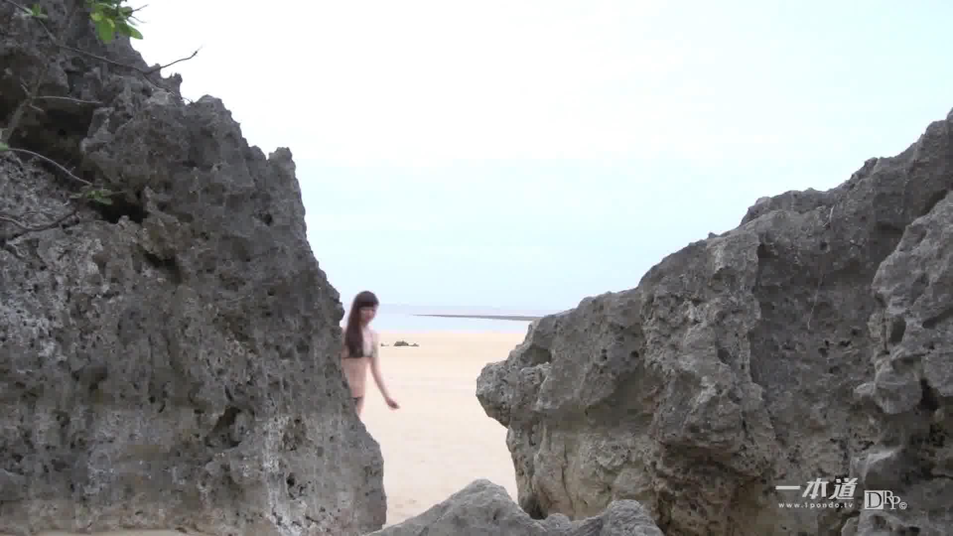 サマーヌード ~海とスレンダーボディ~ - 彩夏【水着・野外露出・スレンダー】