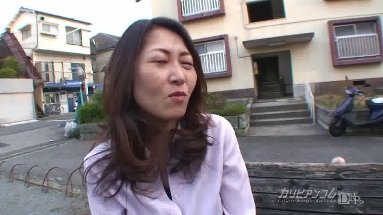 団地妻のおもいきッて逆ナン1 第三話 - 長谷川花音【ナンパ・痴女・3P】