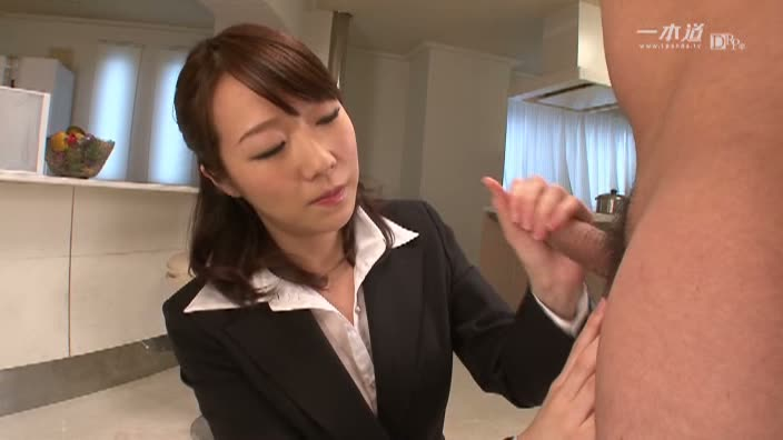 美少女の本気オナニーと極上フェラ奉仕【沖ひとみ】