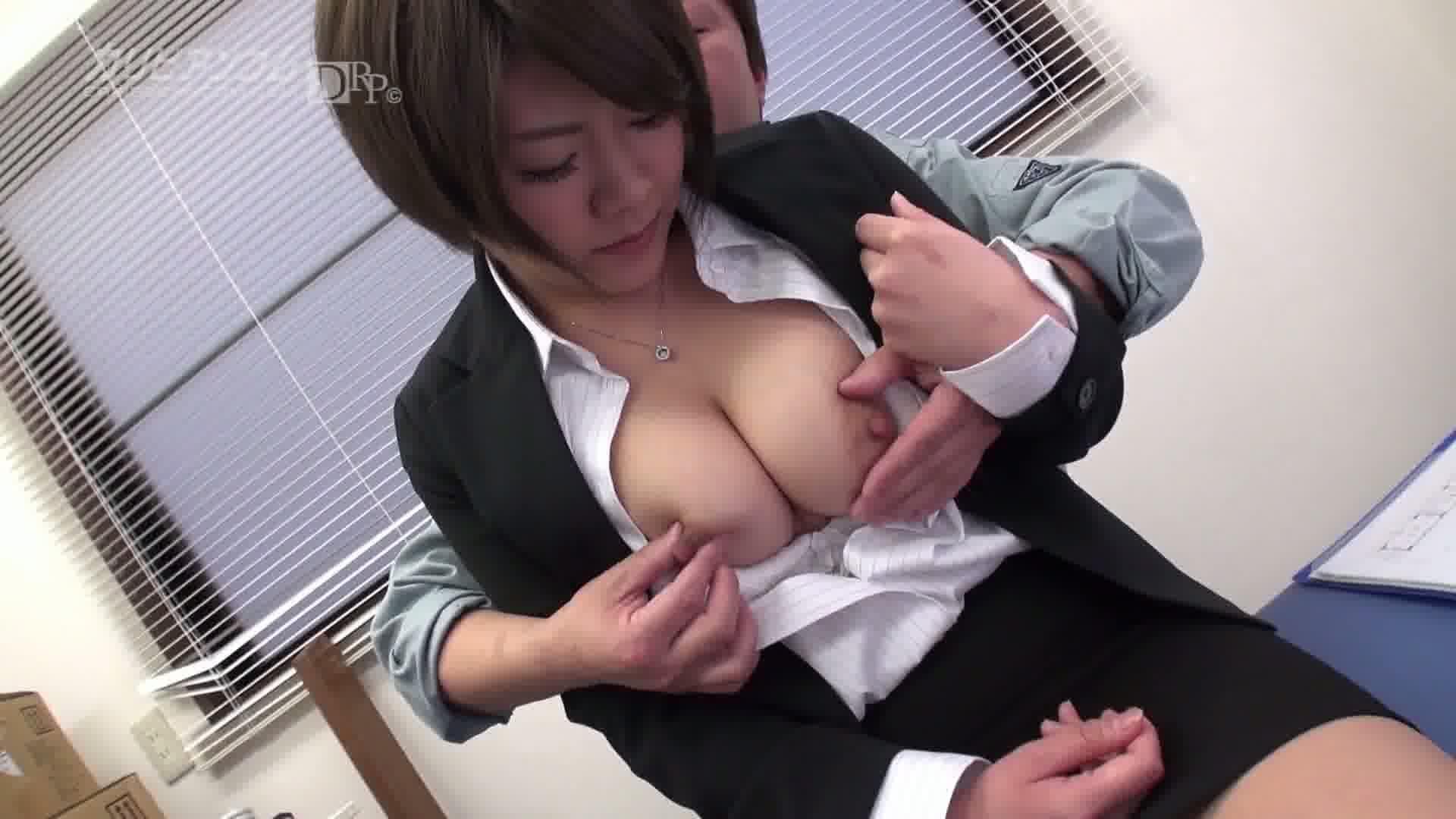 町工場で働く巨乳女社長 - 黒木澪【OL・3P・乱交】