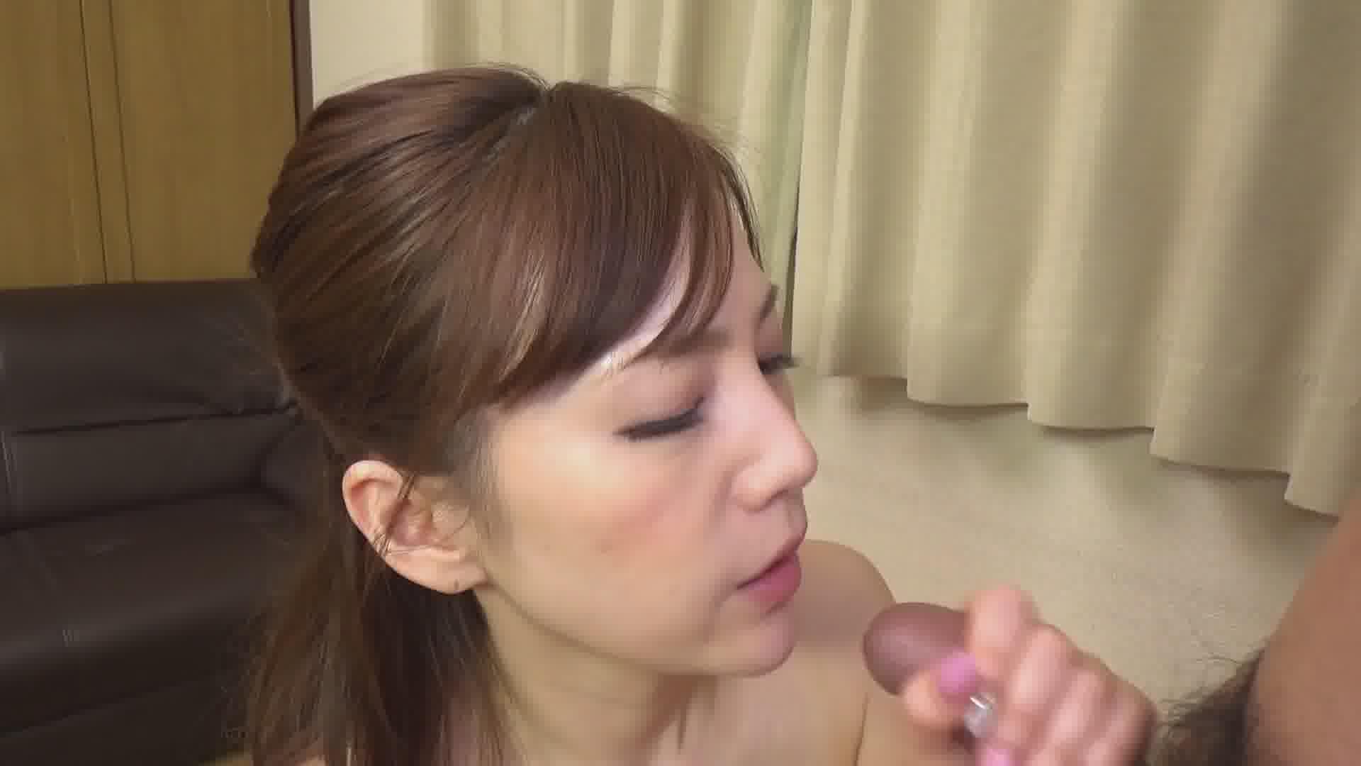 Iカップ美巨乳女優のありがてぇ筆下ろし - すみれ美香【巨乳・パイズリ・中出し】