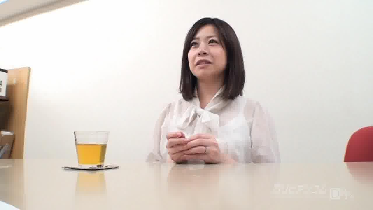 面接にきた素朴な女性にその場で中出し - 沢田珠里【水着・ドキュメンタリー・中出し】