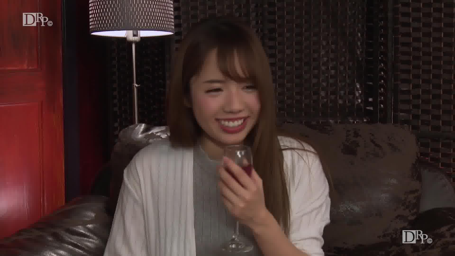 飲み姿エロイイGP 〜酔ってエロくなるヤリマン女の実態〜 - 神田るな【美乳・オナニー・中出し】