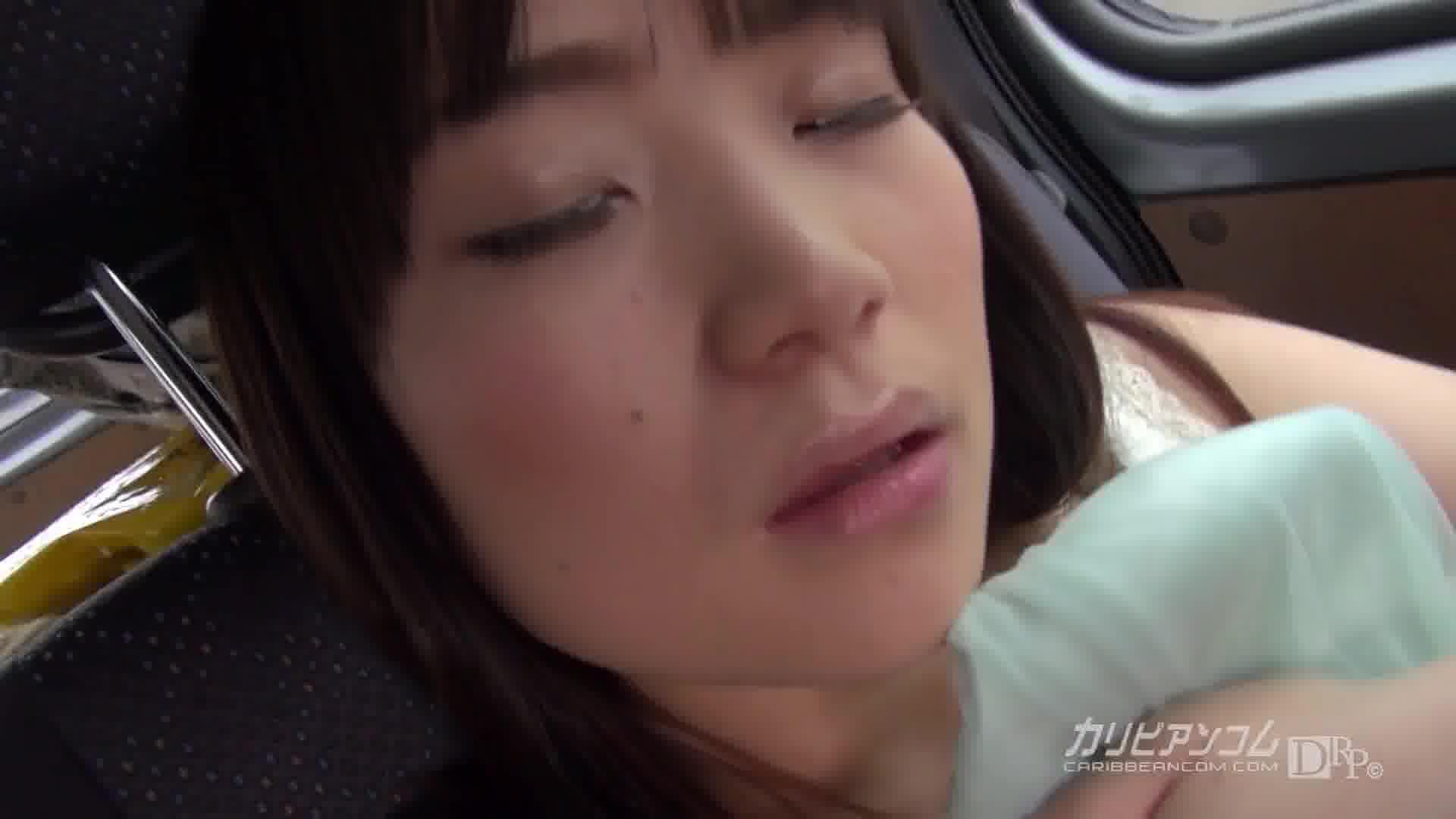 100センチオーバーの巨乳むすめはヤリマン女だった - 持田美琴【痴女・ナンパ・巨乳】