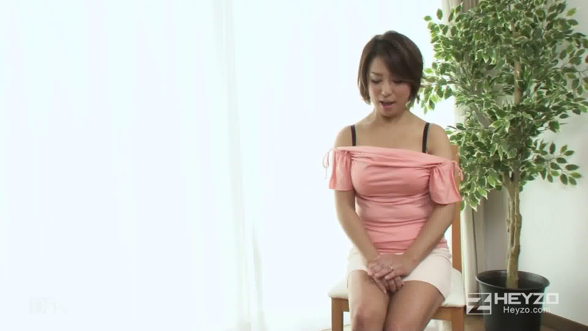 妖艶すぎる美熟女~五十嵐しのぶの場合~ - 五十嵐しのぶ【インタビュー 脱衣】