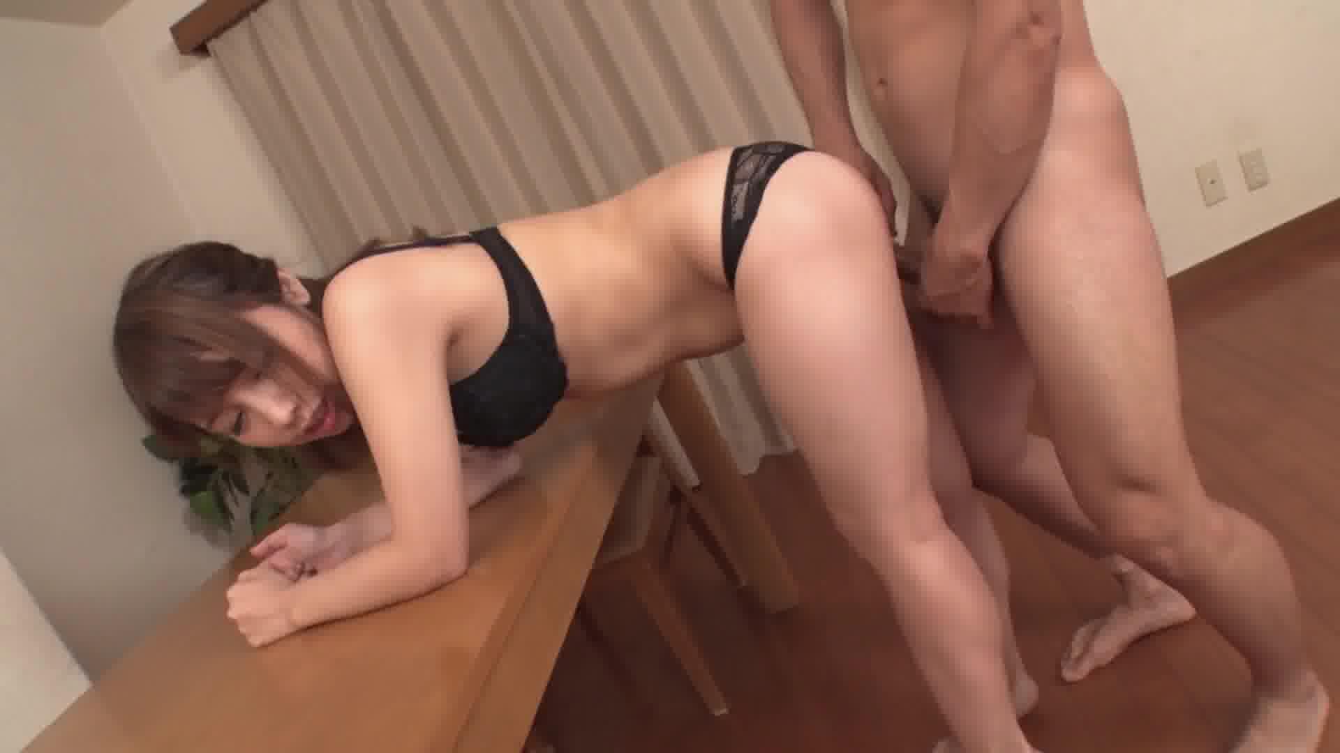シたくてシたくてたまらない女子 ~即尺からの濃厚中出しセックス~ - 高山ちさと【痴女・パイパン・隠語】