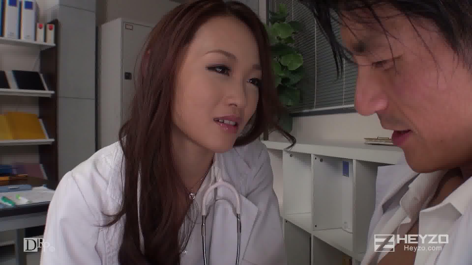 美痴女~女医が教える至極の性感帯~ - 宮村恋【淫語責め フェラ抜き】