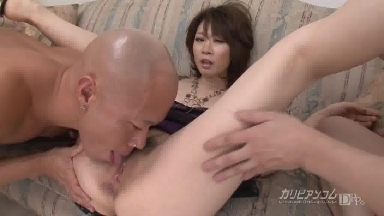 2穴破壊!変態奴隷微熟女 – 香川りお【アナル・ぶっかけ・乱交】