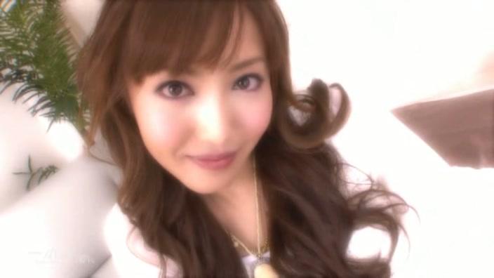 超正統派美形アイドル女優【麻倉まみ】