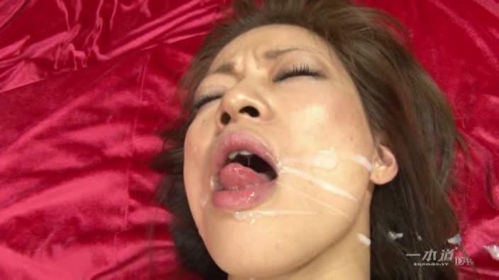 肉便器育成所 〜緊縛ぶっかけ地獄〜【美神あおい】