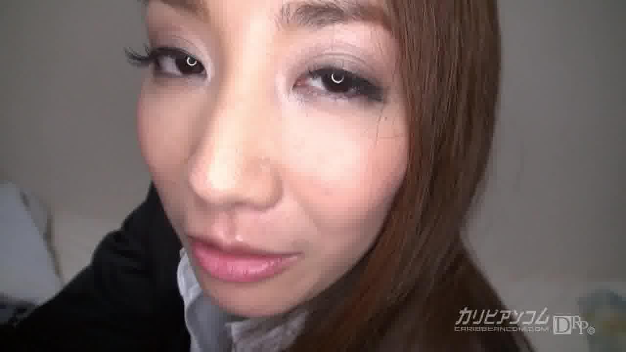 泥酔人妻を生姦介抱 – 新山あかり【痴女・巨乳・パイパン】