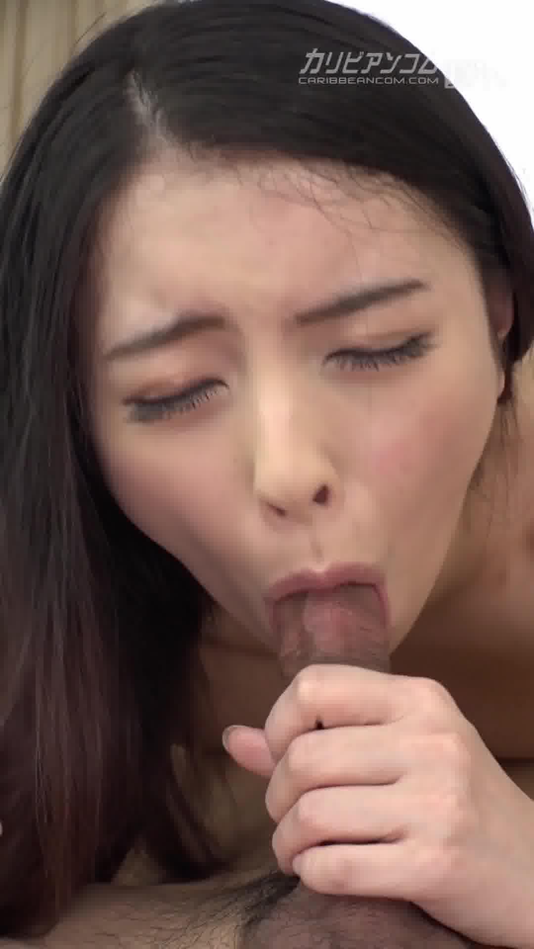 縦型動画 022 ~いまどき女子は顔面騎乗位が止められない~ - 咲乃柑菜【69・クンニ・口内発射】