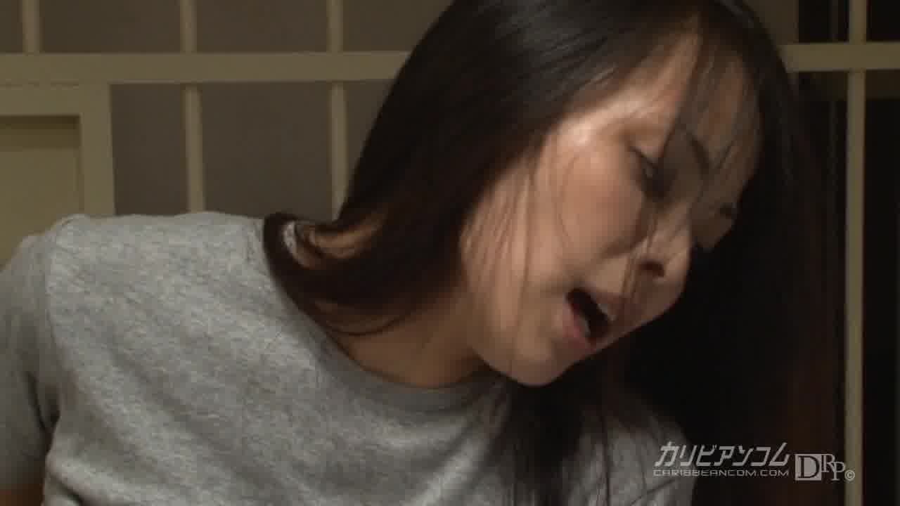 機密女収容施設 ~シークレットプリズン~ 第1部 - 山口真里【レズ・顔射・イラマチオ】
