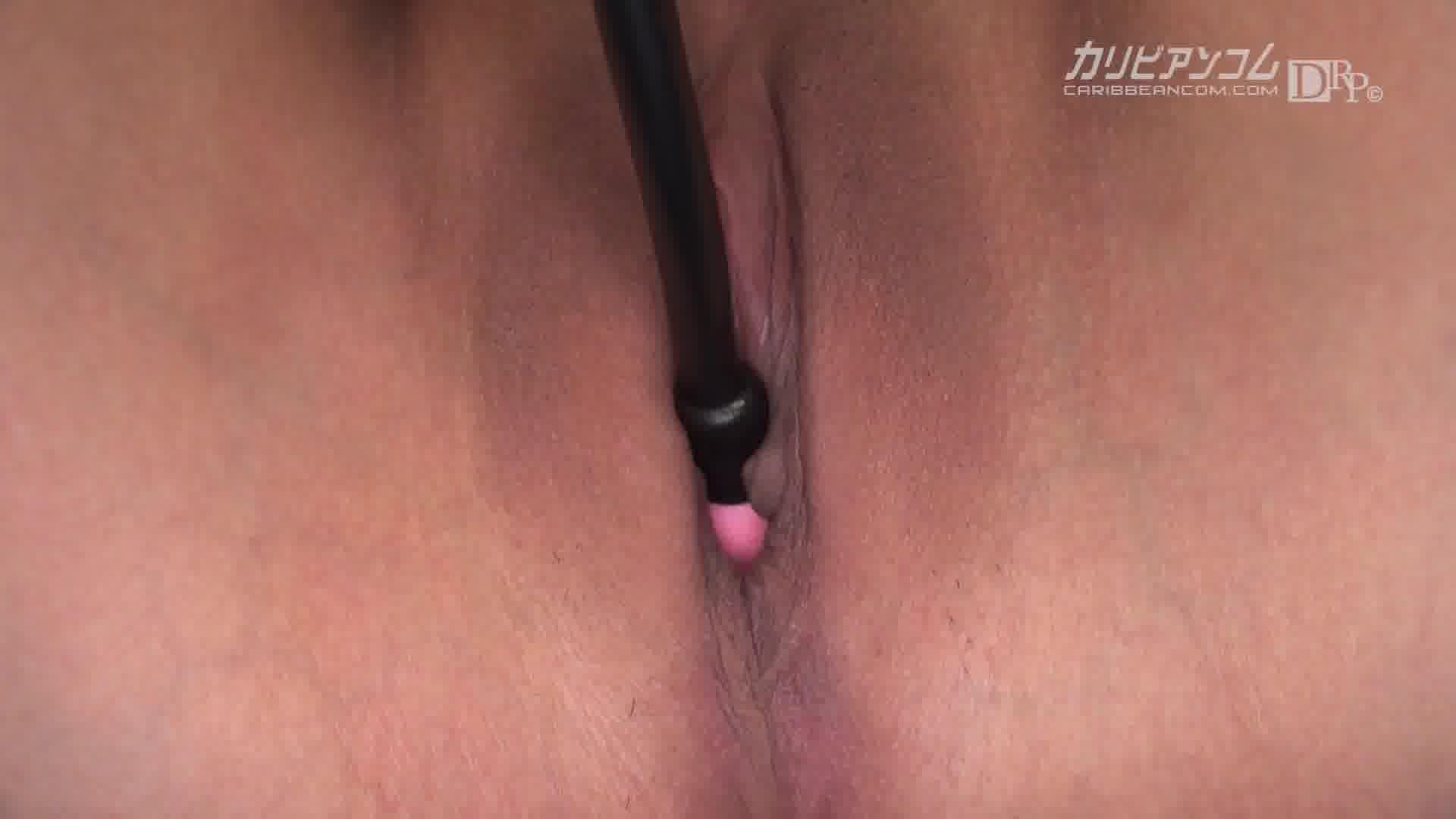 自宅訪問性欲処理ウーマン - 小泉真希【痴女・パイズリ・中出し】