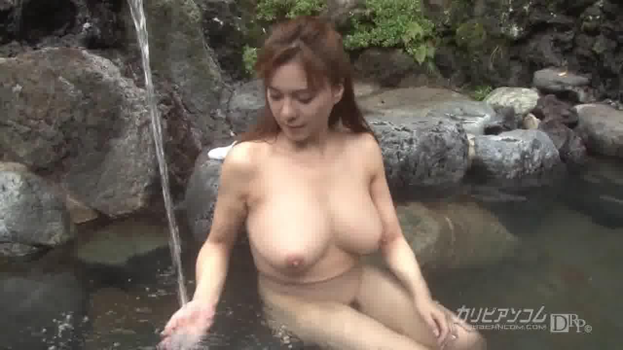 熟女温泉物語 前編 - つかもと友希【野外露出・手コキ・ぶっかけ】