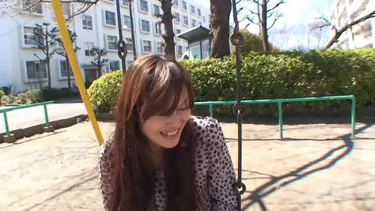 団地妻のおもいきッて逆ナン1 第一話 - 加納瞳【痴女・ナンパ・中出し】