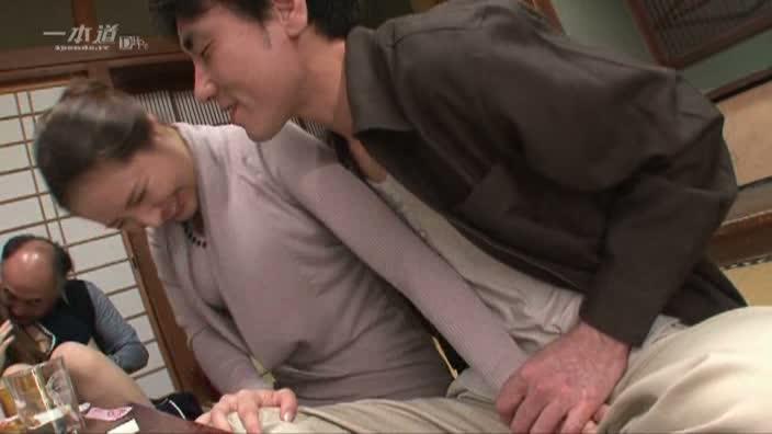 美魔女が集う町内会の慰労会【姫川きよは 真中陶子 沢村れいか】