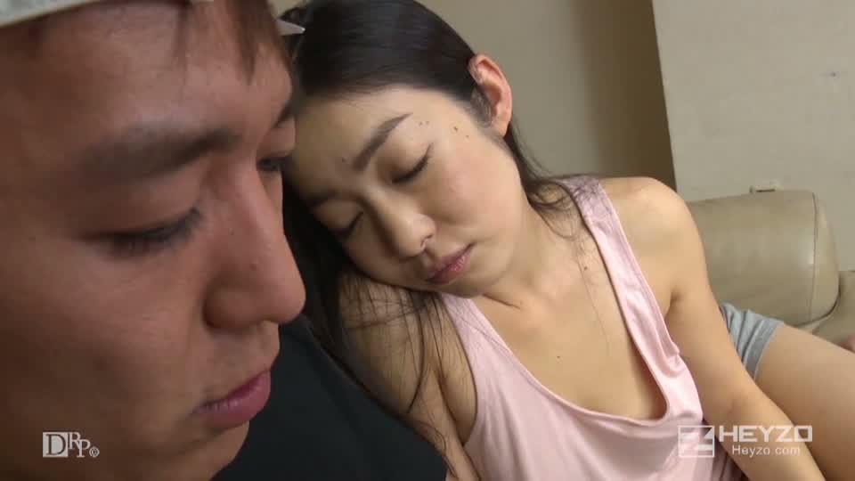 他人妻味~妖艶美女の誘惑~ - 江波りゅう【キス 乳弄り クリ弄り 指マン フェラ 手コキ】