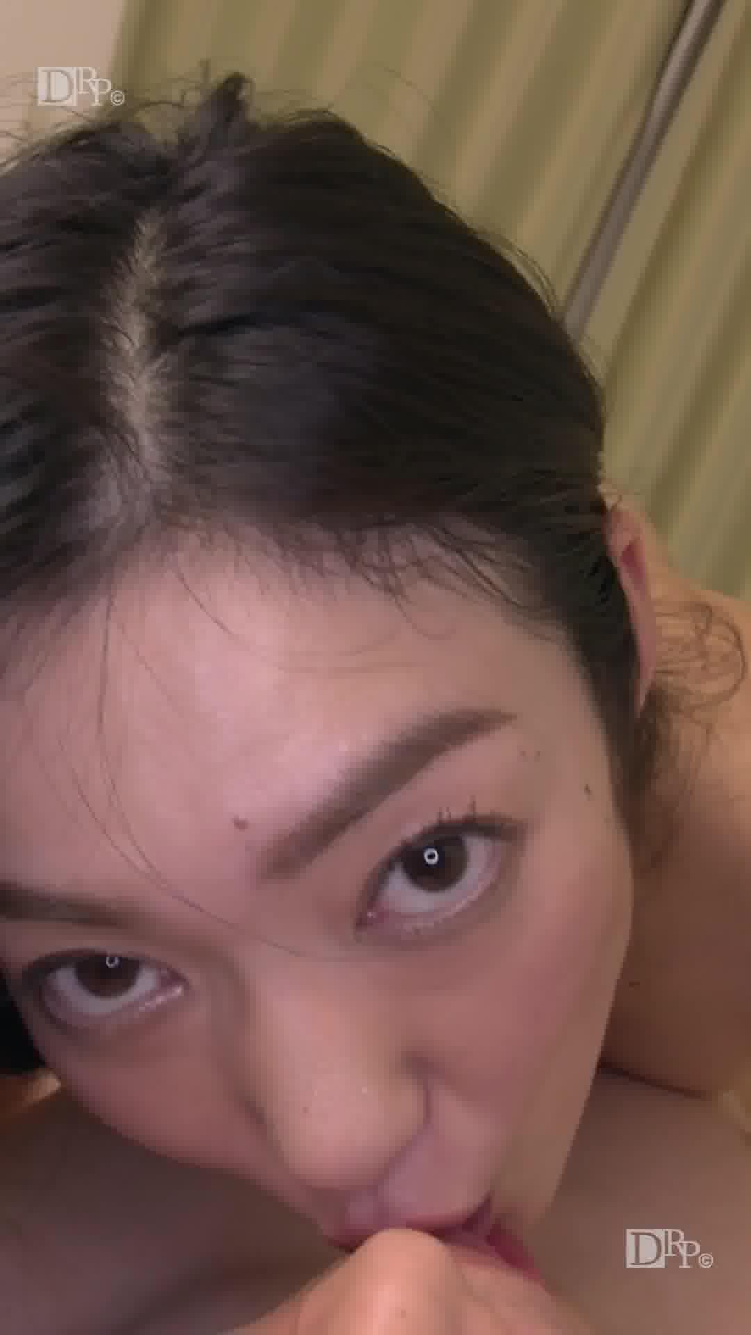 縦型動画 034 ~いつまでたっても変わらない桃色乳首~ - 江波りゅう【痴女・パイズリ・口内発射】