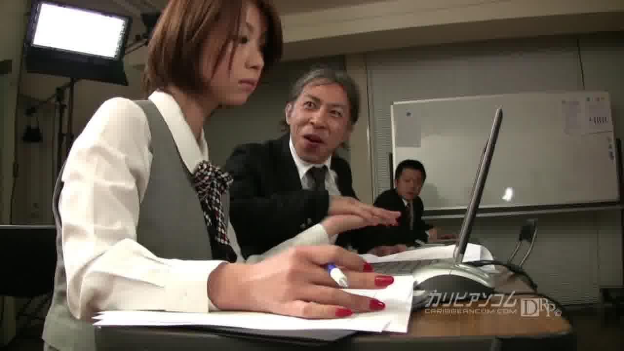 OLの尻に埋もれたい 後編 - TSUBAKI【痴女・OL・クンニ】