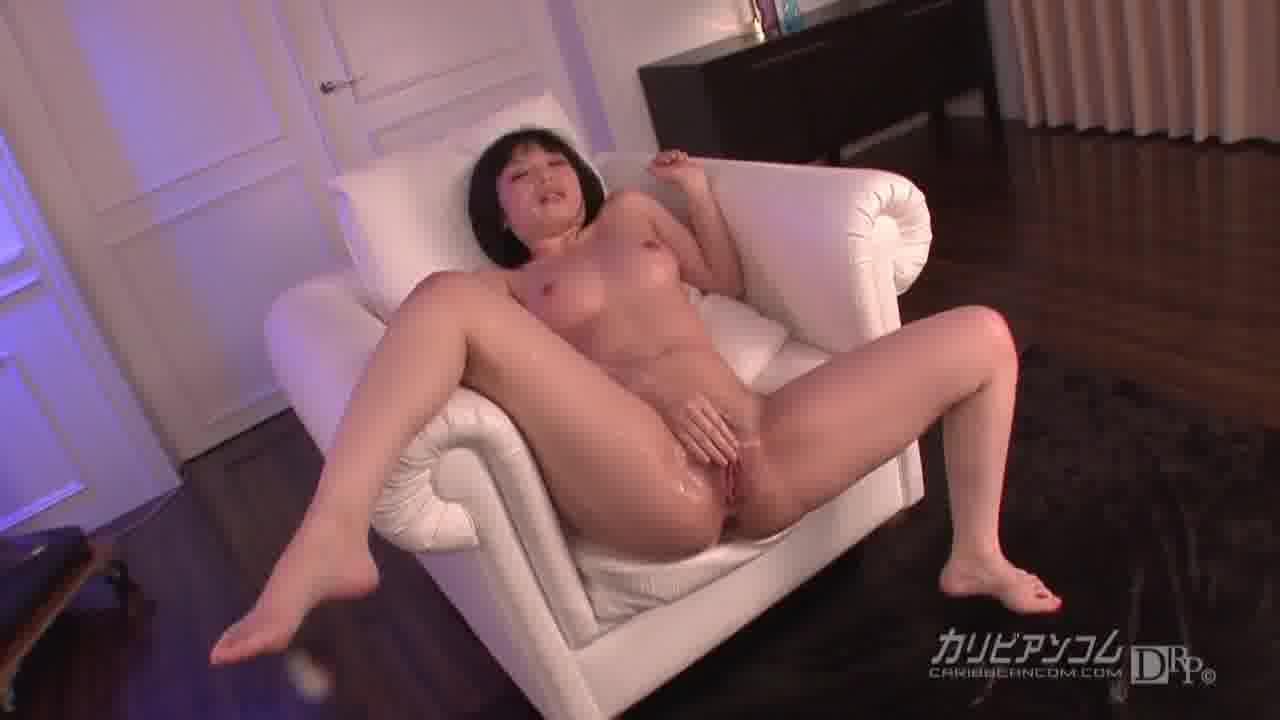 ヒナっちのお濡らしセックス - 前田陽菜【潮吹き・ぶっかけ・中出し】