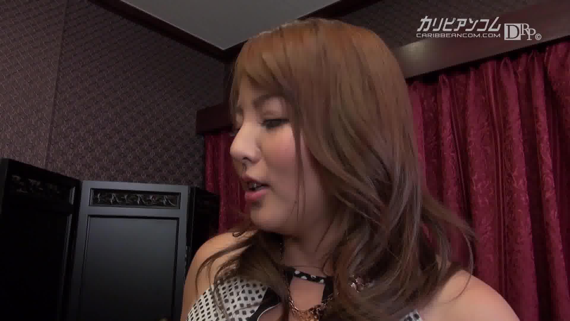 極デリヘル嬢 ~本当にAV女優とヤれるのかを検証~ - こずえまき【痴女・手コキ・中出し】