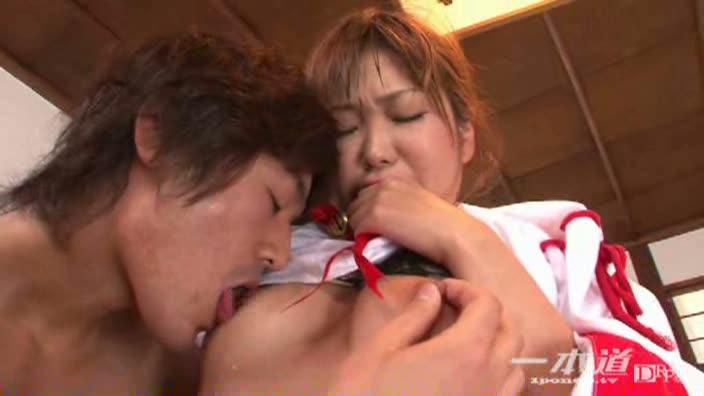 ヒメコレ vol.33 新春!潮吹き巫女【星優乃】