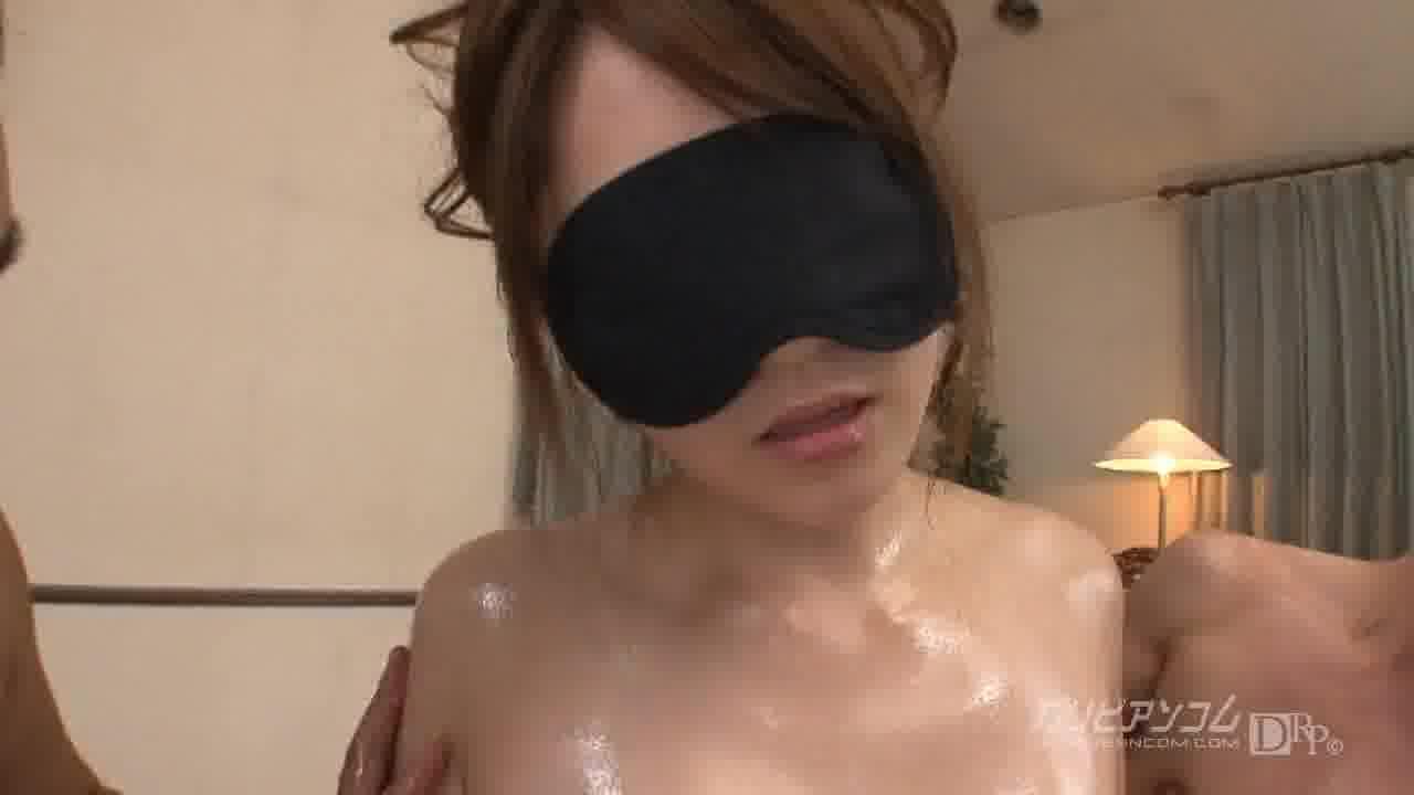 淫らな美巨乳 – 高城ゆい【巨乳・乱交・中出し】