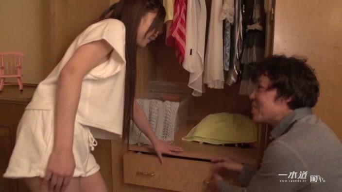 真希ちゃんの部屋へおじゃましまぁ〜す【堀口真希】