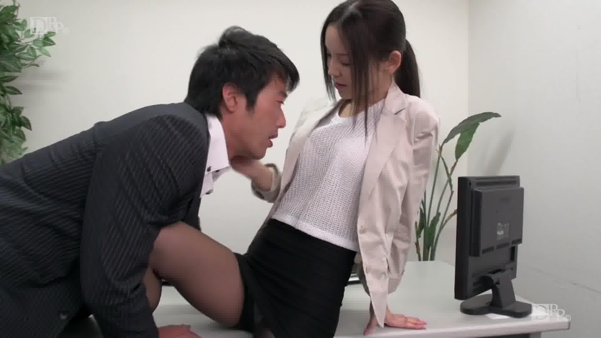 美人秘書の憂鬱 - 丘咲エミリ【美乳・スレンダー・OL】
