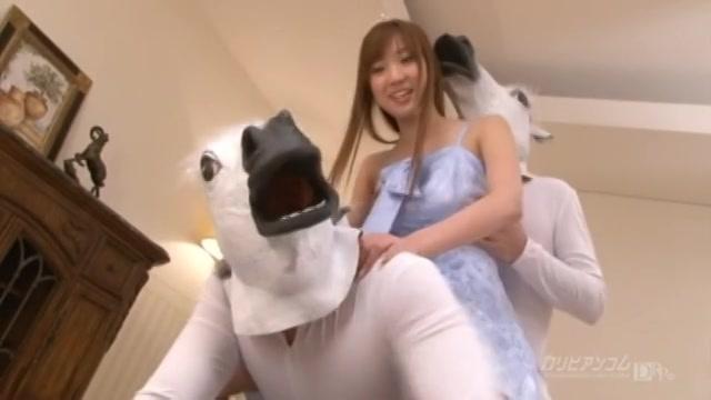 ピュアでロリなペットちゃん Part 2 - 向井千里【美乳・フェラ・マンぐり返し】