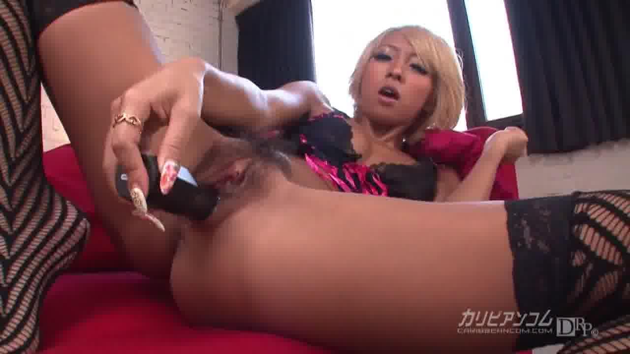 ギャル家庭教師 - 泉麻那【痴女・女教師・ギャル】