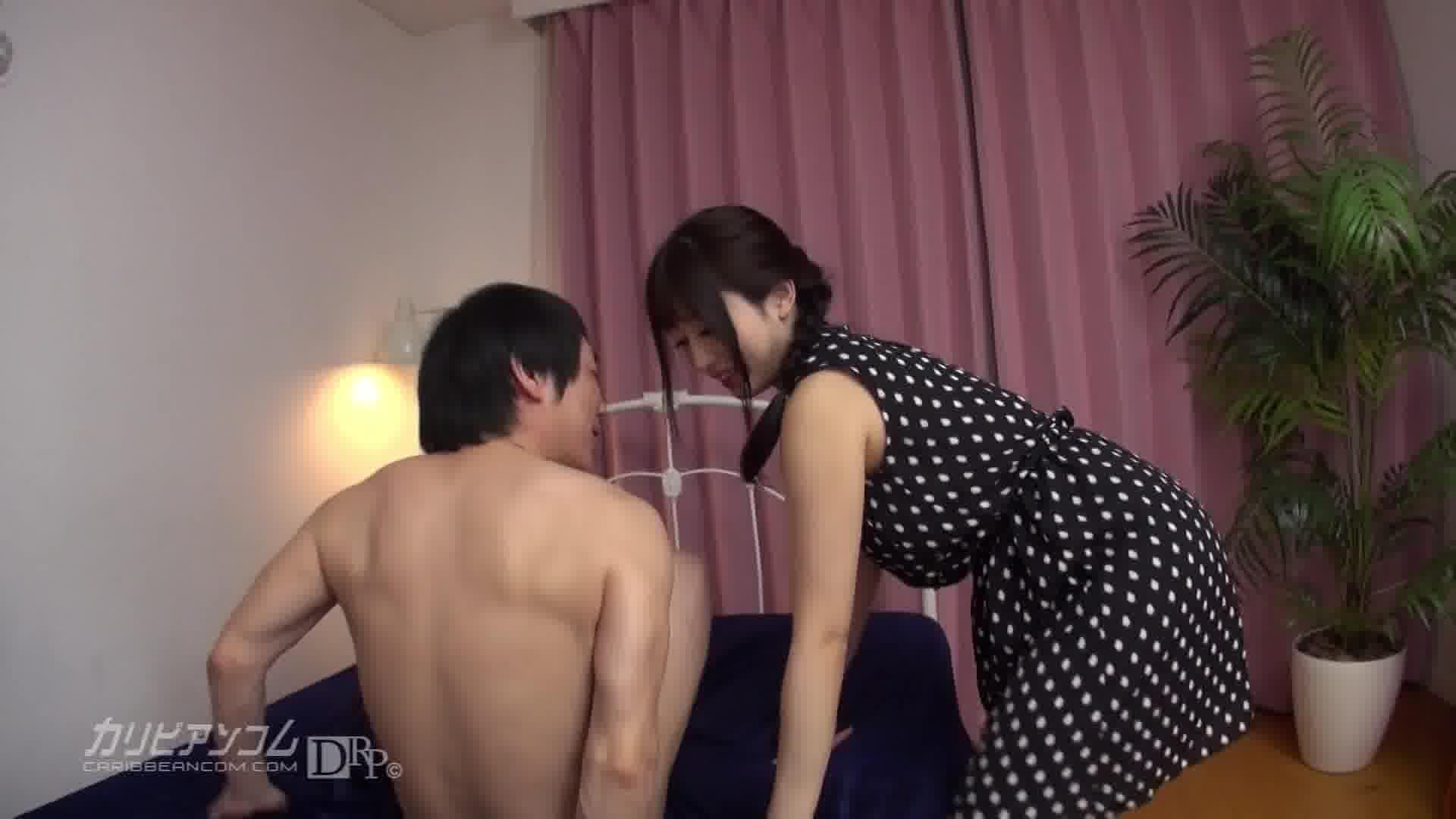 美しき変態 ~パイパンデリヘル嬢潮吹き編~ - 中野ありさ【痴女・風俗・そっくりさん】