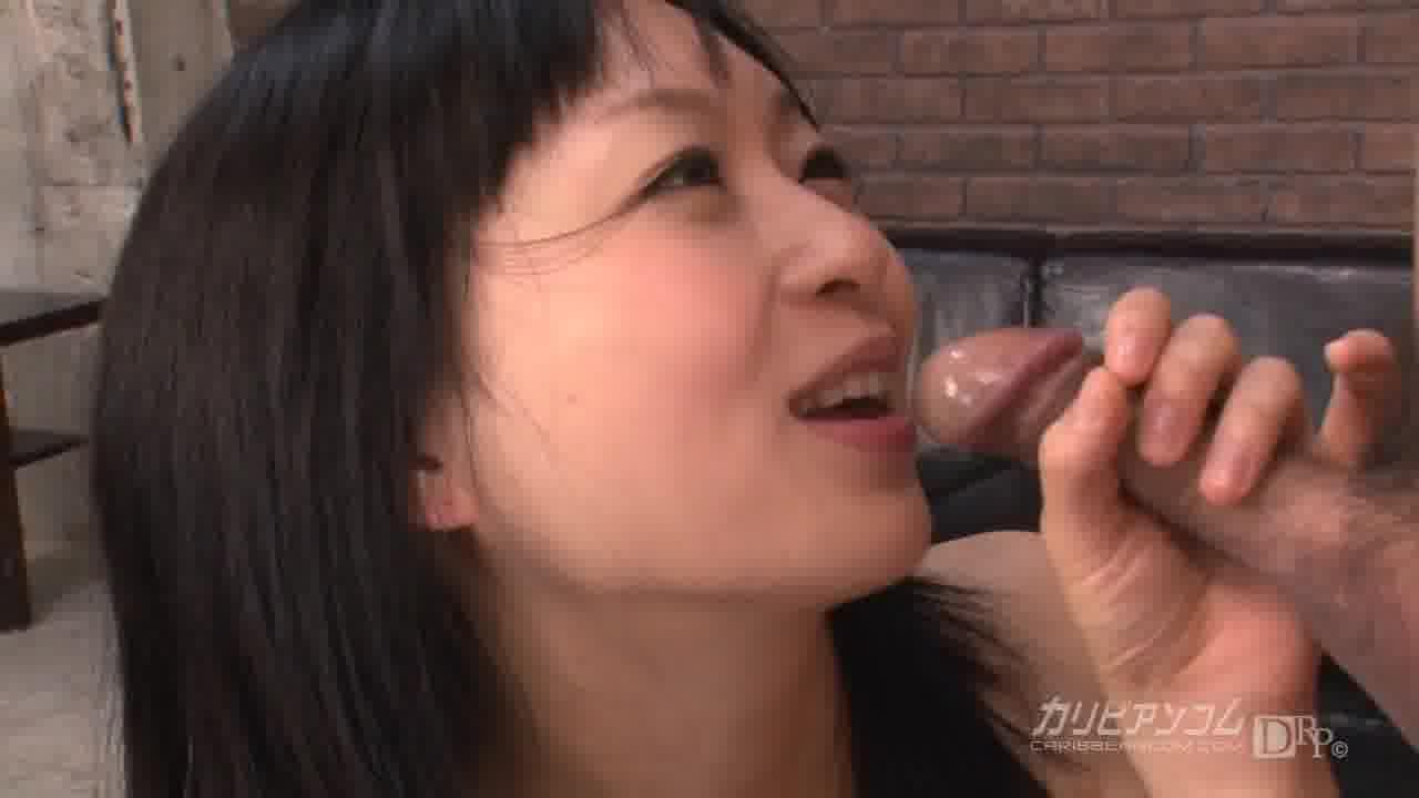サンドイッチファック - 羽月希【巨乳・アナル・潮吹き】